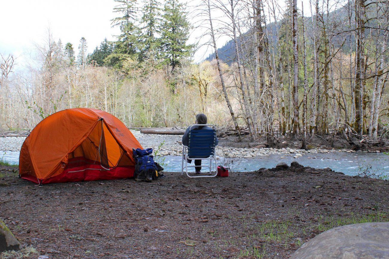 camping-2116401_1920