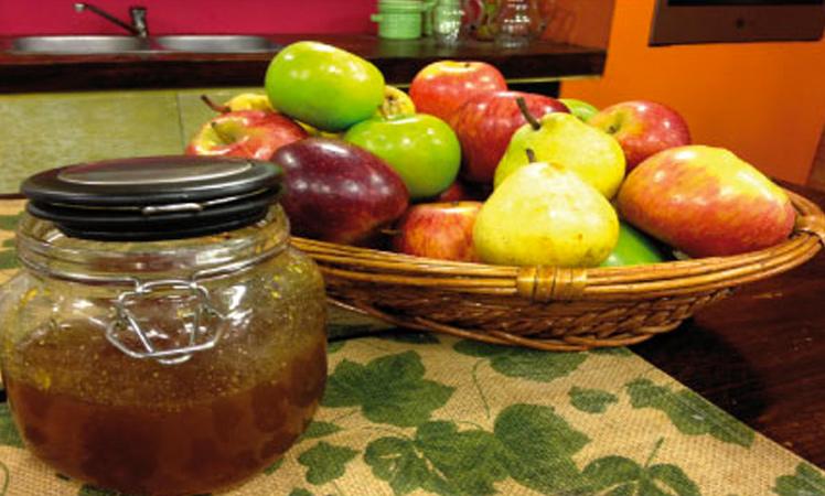 Chutney de manzana y peras para acompañar carnes