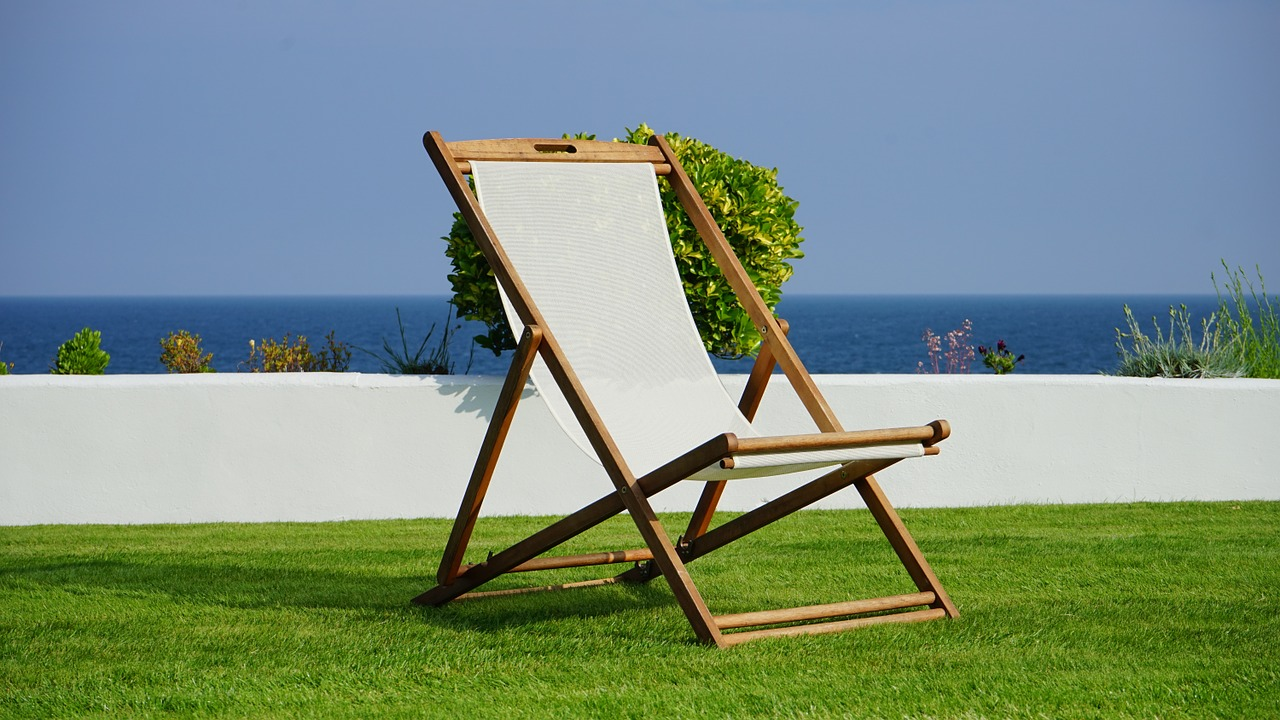 deck-chair-1437164_1280