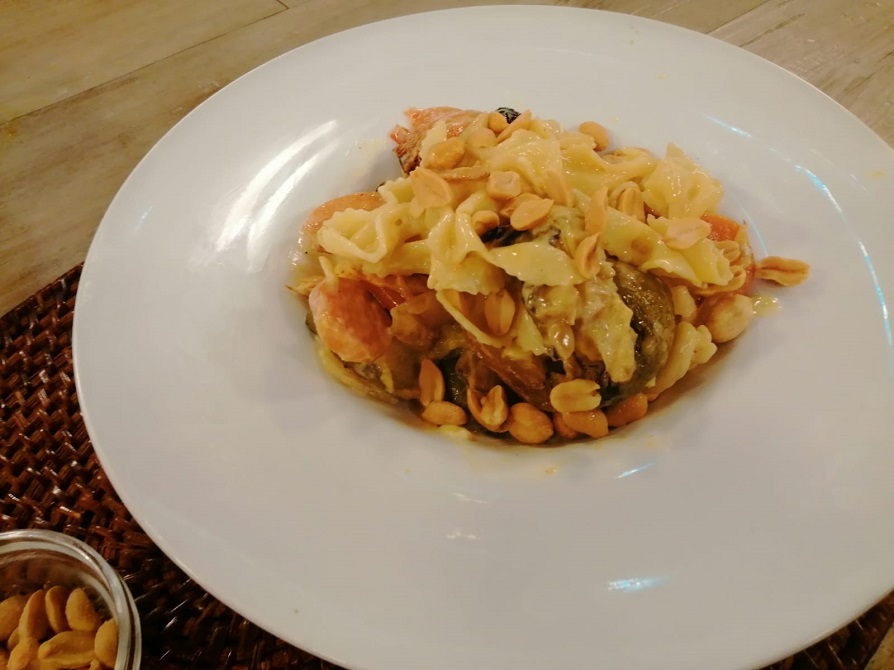 Fideos con salsa de vegetales