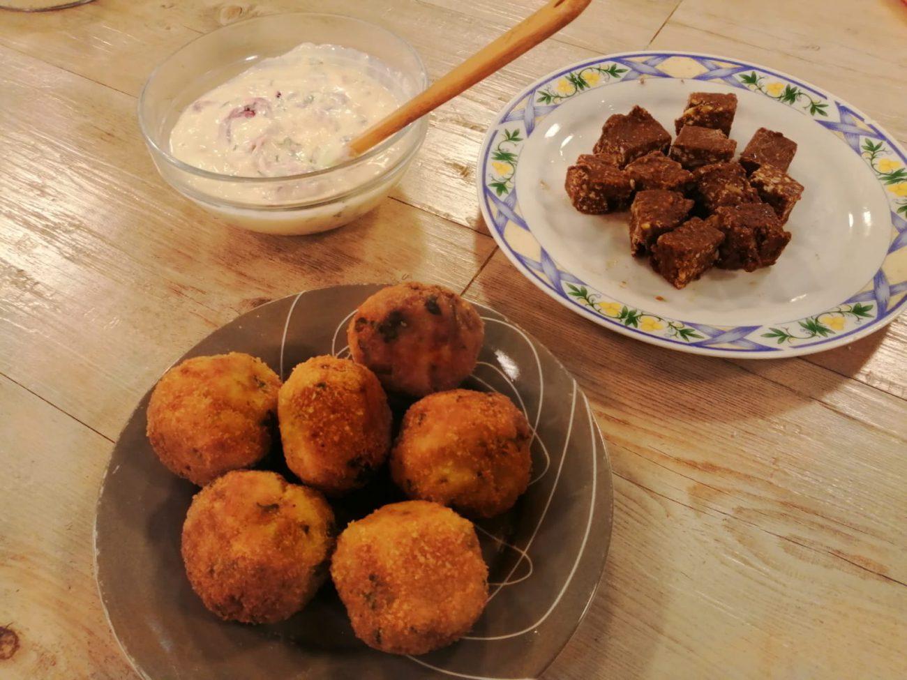 Albóndigas de pescado en salsa verde + Brownies